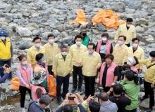 [울릉]태풍 피해 복구를 위한 자원봉사활동 총력